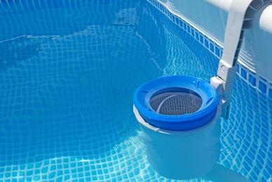 Réparateur de filtre de piscine endommagé