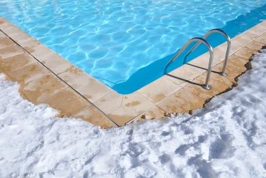 A quel moment passer sa piscine en mode hivernage ?