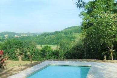 Votre constructeur de piscine traditionnelle à Belvèze