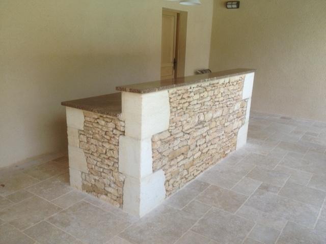 Bar en pierres