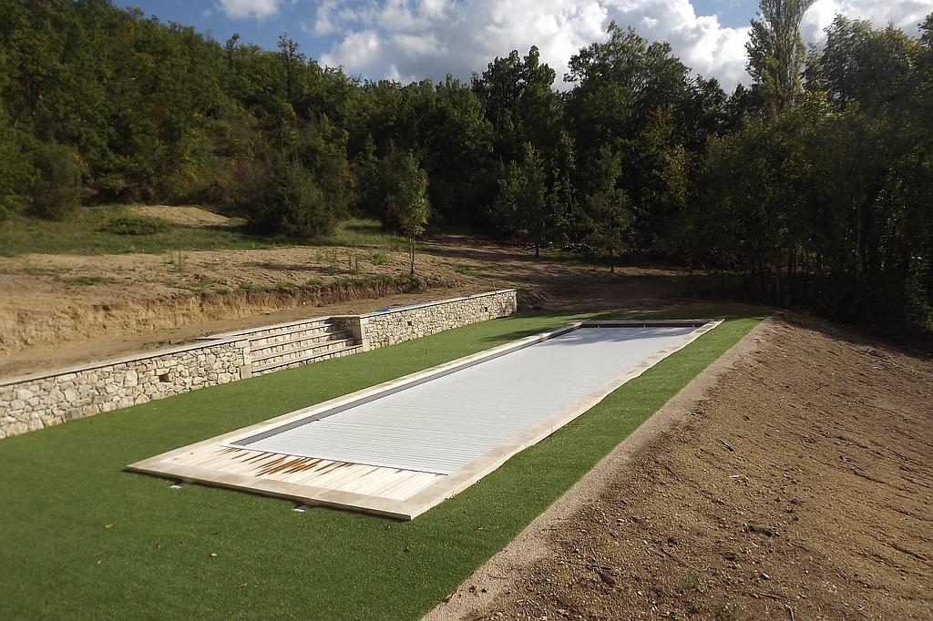 Couverture de piscine couloir de nage