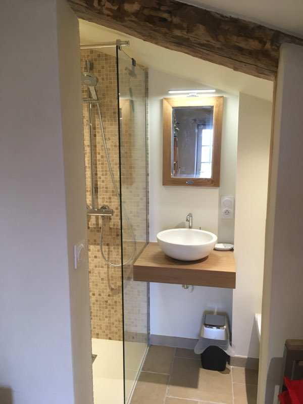 Lavabos neufs installés par la SARL Toubelmont