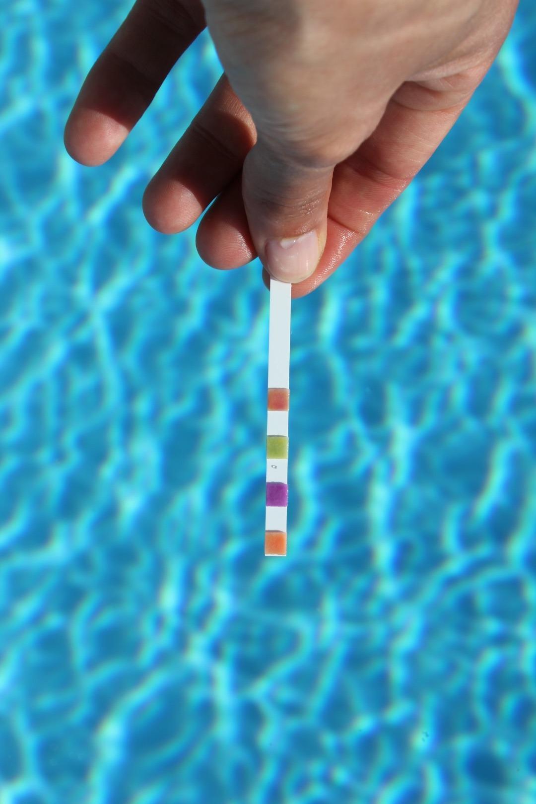 Entretien hebdomadaire d'une piscine